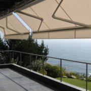 Toldos Antolín Instalación de un toldo en su balcón