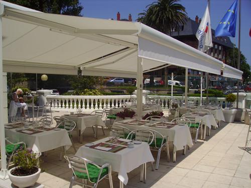 Toldos Antolín Hotel Hoyuela trabajos